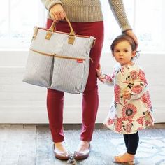 Skip Hop Duo Essential Diaper Bag from babycubby.com click on image to see this style in other color options #skiphop #diaperbag