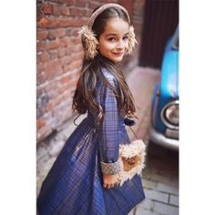 Paddington lookbook | Leya.me Girls Dresses, Flower Girl Dresses, Fall Winter, Wedding Dresses, Collection, Fashion, Bride Gowns, Wedding Gowns, Moda