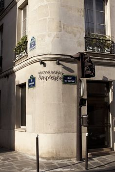 Have diner at  L'arpege  Paris, Francia, and visit as many great restaurants as…