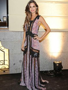 Ariadne Artiles con un modelo muy original. Cavalli