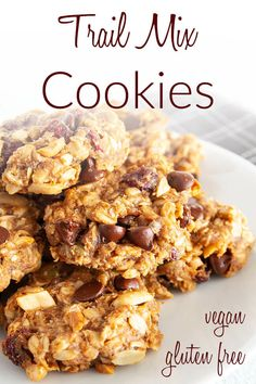 Trail Mix Cookies (vegan, gluten free) - These easy oatmeal cookies are a healthy snack. They're made with mashed banana and a little sweetener. #trailmixcookies #healthycookies
