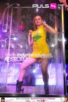 Die Gläserne Dusche  | 01.07.2011  |  Clubdisco ESTATE
