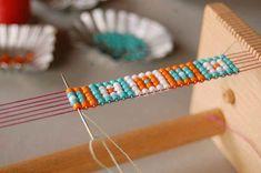 off loom beading techniques Loom Bracelet Patterns, Bead Loom Bracelets, Bead Loom Patterns, Bracelet Crafts, Beaded Jewelry Patterns, Beading Patterns, Jewelry Crafts, Handmade Jewelry, Beading Ideas