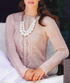 Летний пуловер из тонкой шелковой пряжи выполнен спицами нежным ажурным узором из декоративных ромбов и тоненьких косичек. Размеры пуловера: 34/36, 38/40 и 42-44. Данные для размера 38/40 приведены…
