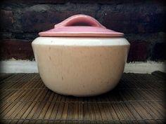 Retro Pink Leaf Crock  #retro #pink #leaf #crock #pot #kitchen #stoneware #ceramic #catchall #vintage #decor #rustic #serving #bowl #hipster #hippie #1950s #1960s #1970s #style #design #storage #baking #midcentury #modern