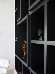 Diepteverschil kastenwand Piet Boon Styling by Karin Meyn Built In Furniture, Home Decor Furniture, Furniture Design, Joinery Details, Shelving Design, Cabinet Design, Exterior Design, Interior Inspiration, Interior Architecture