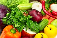 When choosing a Graves Disease Diet you should focus on four key elements to maximize your health.