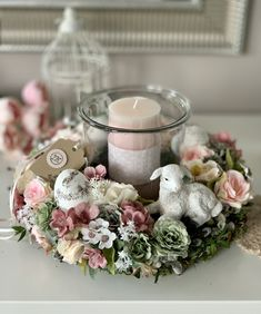 April Easter, Happy Easter, Candle Centerpieces, Candles, Flower Arrangements, Creations, Arts And Crafts, Wreaths, Seasons