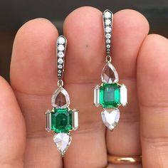 @vlad_yavorskyy. Emeralds Columbia No Oi and Diamonds in IVY gold earrings #gemstonesbook #ivynewyork #yavorskyy  www.ivynewyork.com