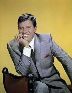 Jer Jerry Lewis, Dean Martin, Funny People, Movie Stars, Tv Shows, Vintage Hollywood, Classic Hollywood, Celebrities, Rock Stars