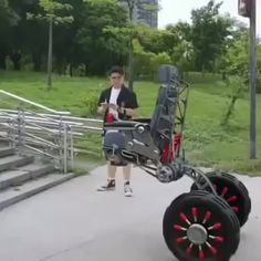 The potential benefit of stair climbing for the millions of people who are wheelchair users is exciting. Order now at slay fitness New Technology Gadgets, Cool Technology, Inventions Sympas, Stair Climbing, Yanko Design, Cool Inventions, Future Inventions, Future Tech, Mechanical Engineering