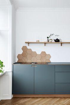 Kitchen Interior Blue Kitchen Cabinets Hexagon Backsplash in Appartment in Copenhagen Blue Kitchen Cabinets, Kitchen Tiles, New Kitchen, Grey Cabinets, Kitchen Decor, Decorating Kitchen, Kitchen Corner, Kitchen Wood, Awesome Kitchen