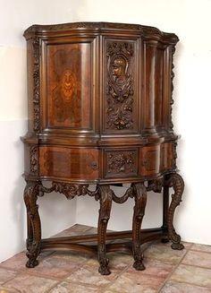~ Italian Renaissance Revival Dining Room Suite ~ new.liveauctioneers.com