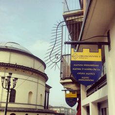 Torino, piazza Gran Madre: shop signs in four different languages, including Piedmontese dialect. http://blackcatsouvenirs.blogspot.com