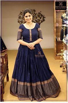 Girls Frock Design, Long Dress Design, Stylish Dress Designs, Designs For Dresses, Frock Fashion, Indian Fashion Dresses, Indian Gowns Dresses, Dress Indian Style, Anarkali Dress Pattern