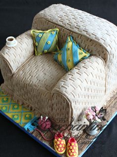 Armchair cake by The Enchanting Cake Company