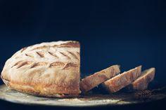 bread and bread scoring  Il Pane fatto in casa - food photography