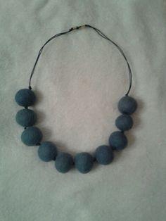 collana feltro azzurro