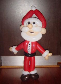 Santa balloon sculpture #santa-balloon sculpture