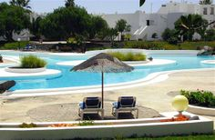 2 Bedroom Apartment in Costa Teguise to rent from £275 pw, with a shared swimming pool. Also with Solarium and DVD.