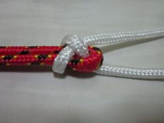 How to tie a Sheet Bend