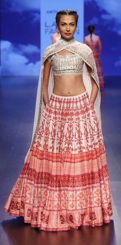 ANITA DONGRE AT LAKME FASHION WEEK - AW16 - LOOK 15