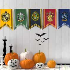 Get your house ready for Halloween ! Harry Potter Halloween Party, Harry Potter Decor, Wall Banner, Pennant Flags, Decorate Your Room, House Colors, Party Themes, Diy Room Decor, Decorating Rooms