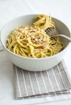 Broccoli and Sundried tomato Pasta! #vegan #pasta