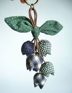 Flower Keychain Tulip Keychain key fob flower by BlueTembo on Etsy, $10.00: