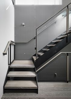 Nice staircase - Telegraph Hill by Feldman Architecture Stair Railing Design, Home Stairs Design, Stair Handrail, Staircase Railings, Interior Stairs, House Design, Glass Stairs, Concrete Stairs, Precast Concrete