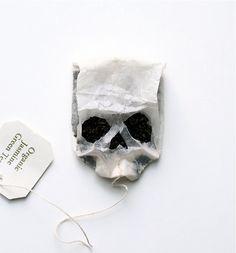 skull tea bag