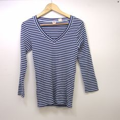 49a6ee1eafce4d New Levi s Womens White Blue Striped Long Sleeve V Neck Tee T-Shirt Size  Medium  Levis  TShirt