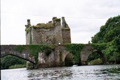 Carrigadrohid Castle, Co. Cork, Ireland