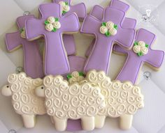 Easter Cross and Lambs Decorated Cookies Cross Cookies, Fancy Cookies, Iced Cookies, Royal Icing Cookies, Holiday Cookies, Cupcake Cookies, Sugar Cookies, Baptism Cookies, Easter Cookies