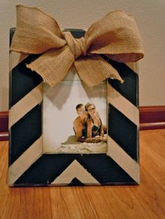 DIY chevron and burlap frame