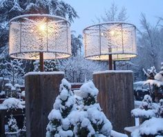nl s gorgeous snow-covered lamp shades are great for a wintery feel to your outdoor party this year! The post 35 Magical Outdoor Winter Party Ideas appeared first on Outdoor Ideas. Love Garden, Home And Garden, Outdoor Lighting, Outdoor Decor, Outdoor Lamps, Lighting Ideas, Winter Parties, Winter Garden, Home Design