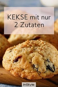 They are available: Delicious and healthy cookies, for which you only have 2 ingredients .- Es gibt sie: Leckere und gesunde Kekse, für die du nur 2 Zutaten brauchst For these healthy cookies you only need two ingredients and they are super easy. Easy Healthy Recipes, Healthy Snacks, Snack Recipes, Easy Meals, Dessert Recipes, Dinner Healthy, Brunch Recipes, Bread Recipes, Vegetarian Recipes