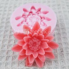 One Hole Flowers Silicone Mold Fondant Molds Sugar Craft Tools Chocolate Mould  For Cakes  http://www.shareasale.com/m-pr.cfm?merchantID=51900&userID=1014066&productID=542565476