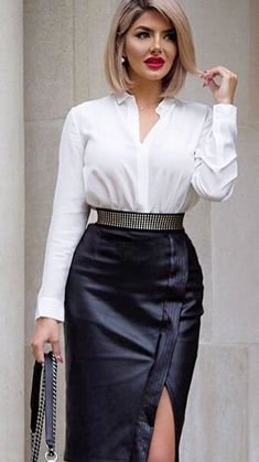 40 Best White Shirt and Leather Skirt for Business Women Woman Skirts business woman leather skirt Best White Shirt, White Shirts, White Blouses, Satin Blouses, Secretary Outfits, Belle Silhouette, Look Office, Black Leather Skirts, White Leather