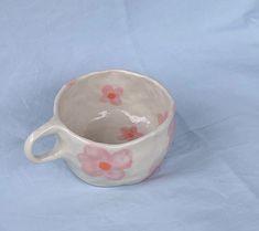 from lolita.bylolita Ceramic Clay, Ceramic Painting, Ceramic Pottery, Pottery Art, Diy Clay, Clay Crafts, Keramik Design, Clay Art Projects, Arte Sketchbook