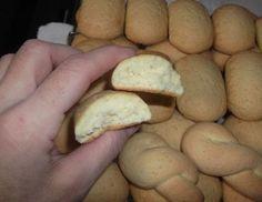 Biscotti al latte,strabuoni! by rosel - Pagina 1 Biscotti Cookies, Yummy Cookies, Cake Cookies, Italian Biscuits, Italian Cookies, Favorite Cookie Recipe, Pie Dessert, Sweet Cakes, Italian Recipes