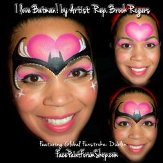 Face paint inspo Batman for girls with pink heart Batman Face Paint, Spider Man Face Paint, Spider Face Painting, Superhero Face Painting, Face Painting For Boys, Face Painting Designs, Body Painting, Princess Face Painting, Masquerade Makeup