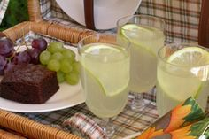 Best home-made lemonade South African Desserts, South African Recipes, Biltong, Homemade Lemonade, Cook Up A Storm, Specialty Foods, Beverages, Drinks, Kitchen Things