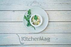Оливье с курицей для новогоднего стола - KitchenMag.ru