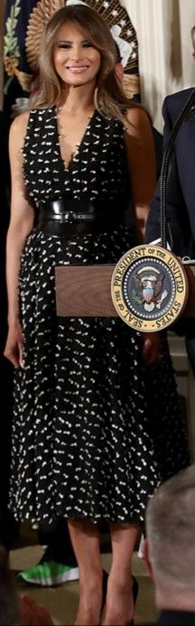 FLOTUS #Melania Trump on April 6, 2017. Melina Trump, Melania Knauss Trump, Peplum Dress, Sequin Skirt, Twenty Twenty, 1 Timothy, Standing Poses, First Lady Melania Trump, Beautiful One