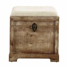 Looking for an ottoman, footstool or pouffe for your bedroom or living room? Browse a large selection in various colours and materials at Maisons du Monde. Storage Ottoman Bench, Bench With Storage, Small Storage, Storage Chest, Double Usage, Sun Lounger Cushions, Decorative Storage Boxes, Trunks And Chests, Hallway Storage