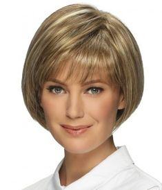 Short Bob Hairstyles Women's Straight Human Hair Wigs With Bangs Lace Front Cap Wigs Short Hair With Layers, Short Hair Cuts For Women, Short Hairstyles For Women, Chin Length Hair Styles For Women, Wavy Bob Hairstyles, Short Bob Haircuts, 60 Year Old Hairstyles, Cropped Hairstyles, Hairstyle Short