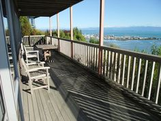 1 bedroom sea view apartment in Nelson, New Zealand #NZ. Guests have described the sea view apartment as relaxing, private, convenient, fantastic, great base to explore the top of the South Island.