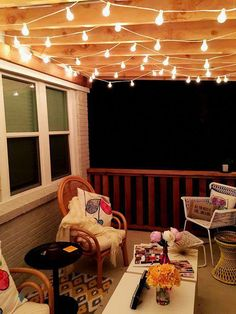 Patio Lighting Ideas Gallery Outdoor Patio Lighting – Make A Plan Patio Lighting Ideas Gallery. Outdoor Patio Lighting can help to transform your house at night and create a more functional p… Budget Patio, Balcony Lighting, Outdoor Lighting, Outside Lighting Ideas, Patio String Lights, String Lighting, Porch String Lights, Decoration Bedroom, Balcony Decoration