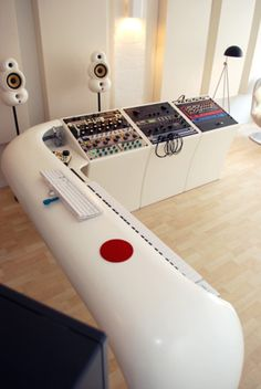 iStudio looks  like an Apple recording studio, get those tic tac futuristic chairs and your set